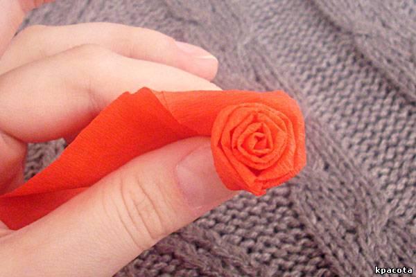 Как из салфеток сделать розу для цифры 109